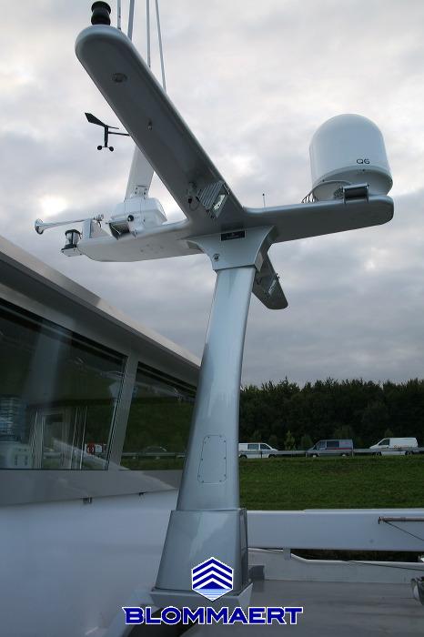 Radar mast Progress